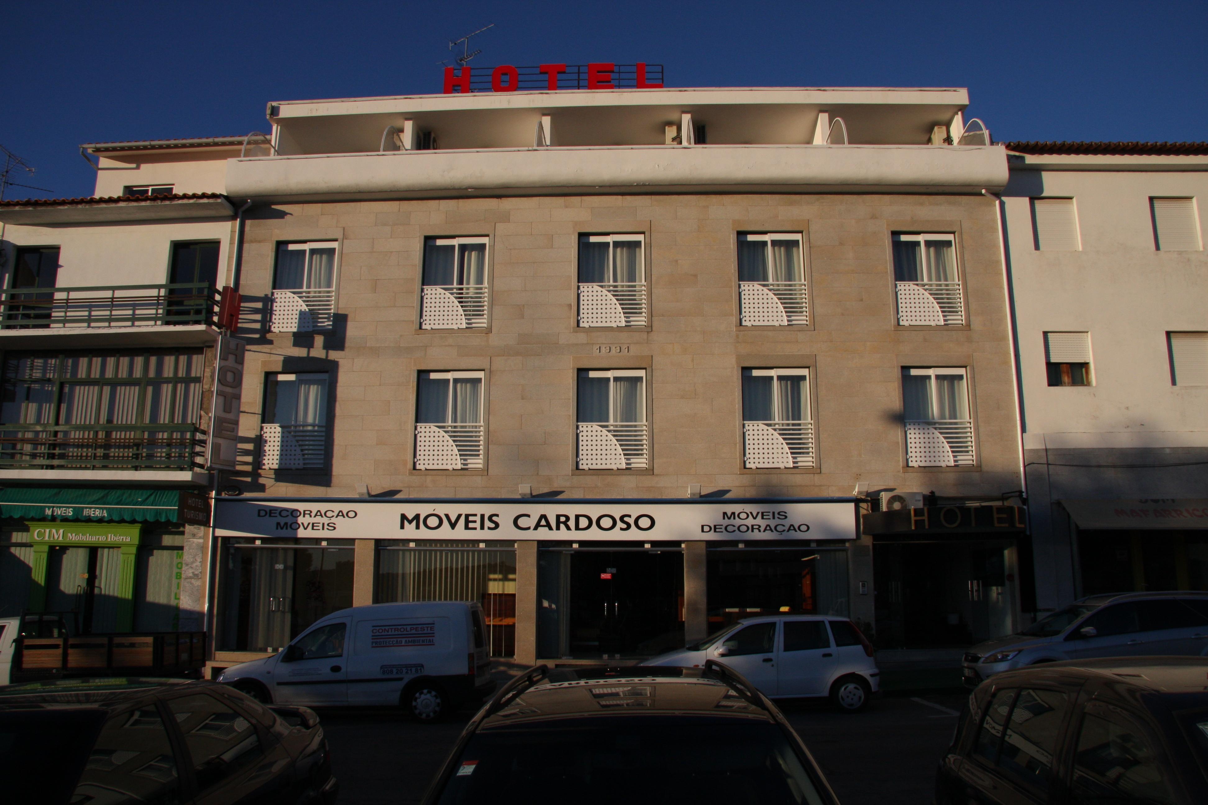 Miranda do douro tiendas excellent restaurante jordo for Muebles miranda do douro
