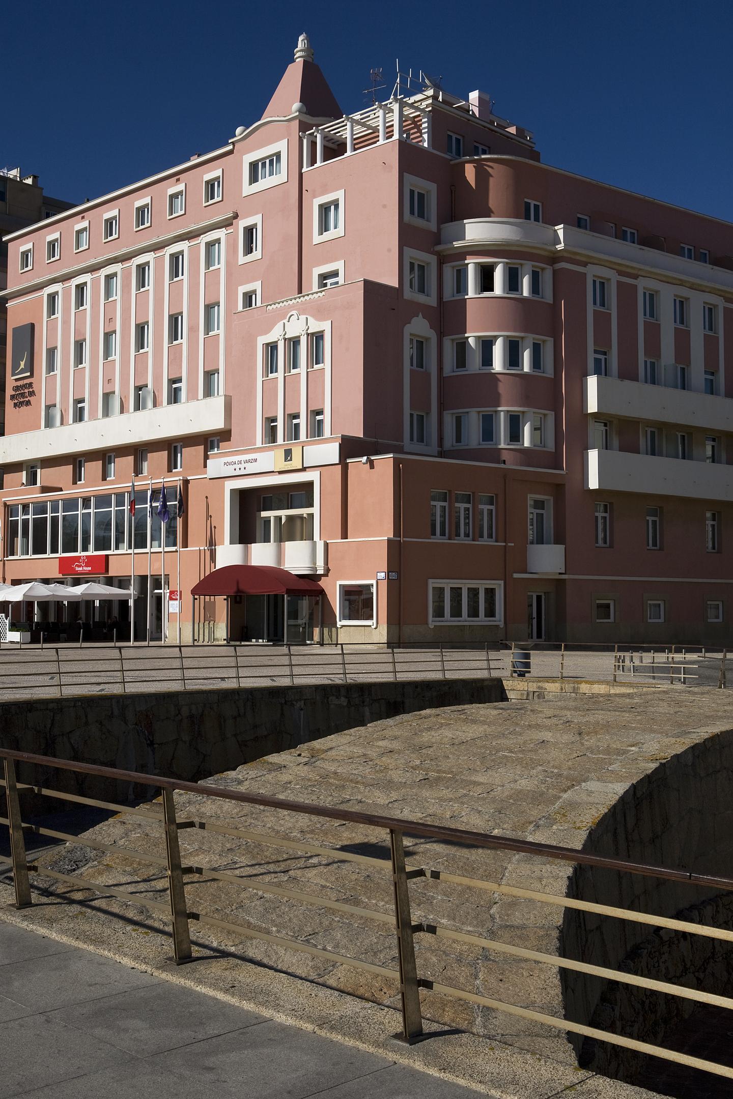 decoracao de interiores povoa de varzim:Grande Hotel da Póvoa, de 3 estrelas, integrado no Grupo Elpo