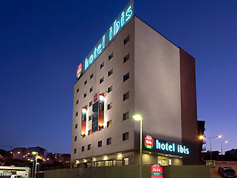hotel ibis leiria via portugal. Black Bedroom Furniture Sets. Home Design Ideas